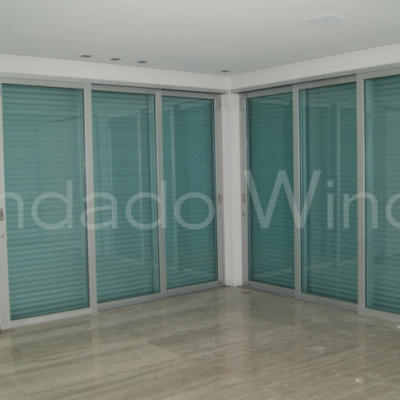 Ultra Sliding Doors with Roll-Ups