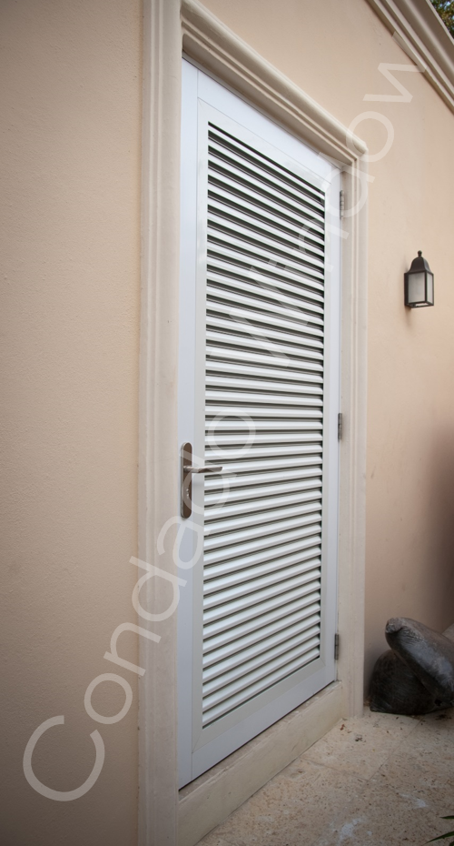 Ultra Swing Door Condado Window